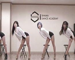 Töchter der Ostasien - südkoreanische dance Troup (i)
