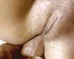Arabische Riesenschwänze in kleinen Arsch